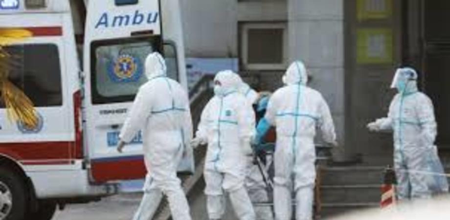 Altri morti in Cina a causa del virus misterioso: sei le vittime. Ecco sintomi e i consigli