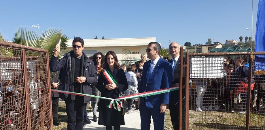 """Sommatino, il Rotary consegna il """"parco dell'inclusione"""": da anni era un luogo abbandonato"""