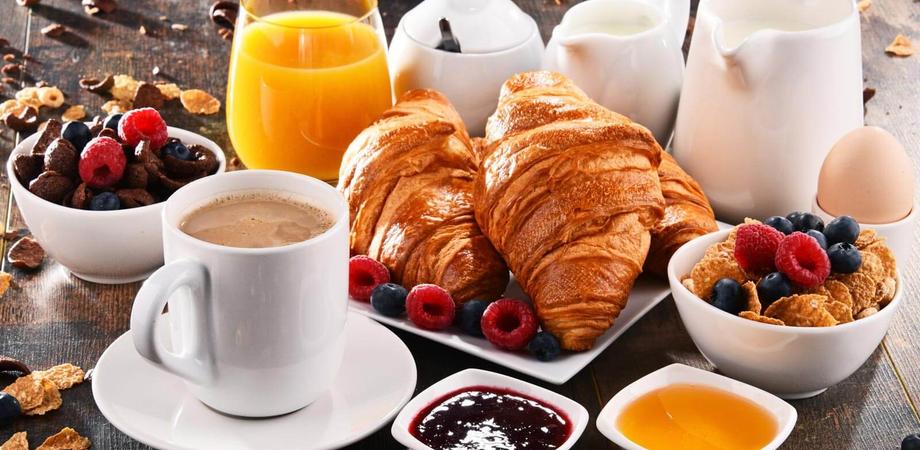 Dieta, contro i chili di troppo una ricca colazione e una cena frugale