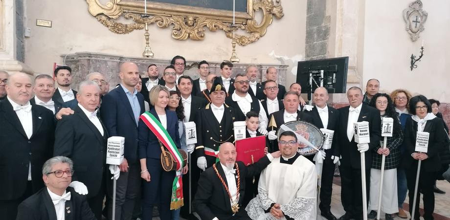 Festa di Sant'Agata: delegazione della Real Maestranza da Caltanissetta a Catania per partecipare alla processione