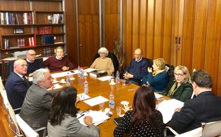 http://www.seguonews.it/una-mostra-a-gela-sul-viaggio-di-ulisse-con-lesposizione-della-nave-greca-musumeci-insedia-la-commissione
