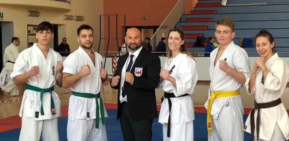 Al PalaMaira di San Cataldo il torneo di karate kyokushinkai: la Fight Club di Giovanni Mirasole fa incetta di coppe