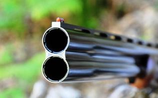 http://www.seguonews.it/due-morti-e-un-ferito-grave-nella-piana-di-catania-guardiano-avrebbe-sparato-perche-rubavano-arance