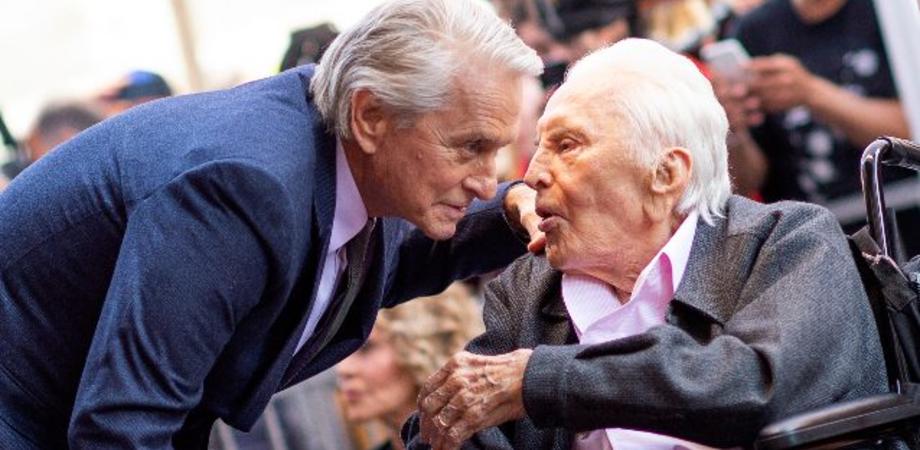 E' morto all'età di 103 anni Kirk Douglas: il commosso annuncio del figlio Michael