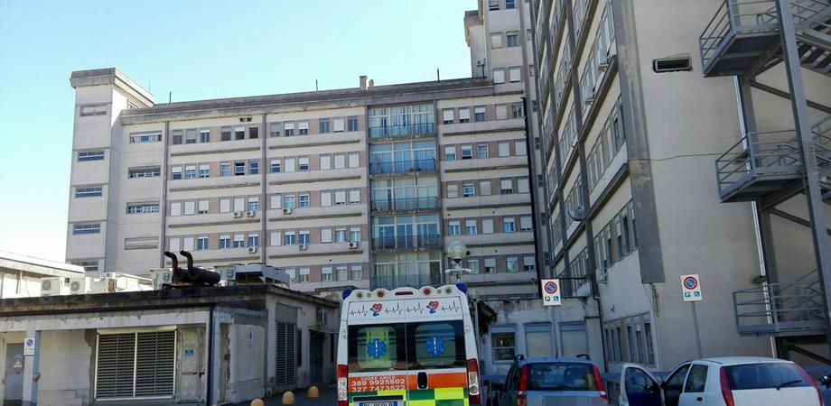 Caltanissetta, il numero dei malati in Terapia Intensiva sale da 2 a 6 in 24 ore. Paziente di Serradifalco ricoverato nella notte