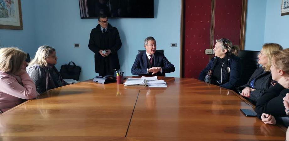 Gela, gli Rmi chiedono di rientrare in servizio: confronto in municipio con il sindaco