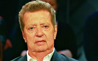 http://www.seguonews.it/arrestato-cecchi-gori-e-accusato-di-reati-finanziari-dovra-scontare-8-anni-di-reclusione