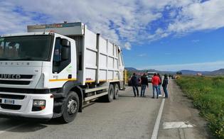 Gela, lavoratori licenziati dalla ditta Trainito: blocchi stradali sulla statale 117 bis