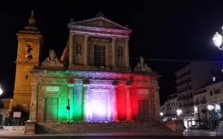 http://www.seguonews.it/gela-il-tricolore-illumina-la-chiesa-madre-e-un-segno-di-solidarieta-per-le-vittime-del-coronavirus