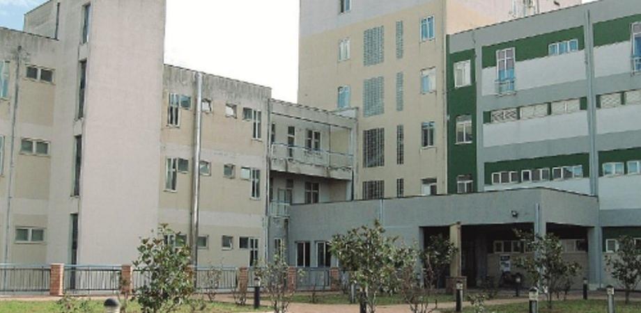 Coronavirus, in Sicilia c'è la quarta vittima: morta una donna all'ospedale di Leonforte