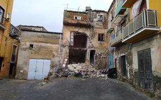 Maltempo. Si sgretola il centro storico a Caltanissetta: crolla palazzina nel quartiere Angeli