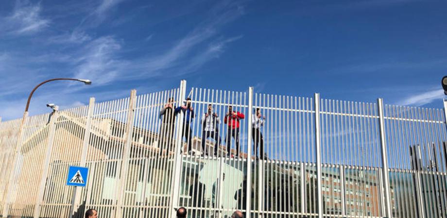Coronavirus. E' caos nelle carceri italiane: a Foggia 20 detenuti evasi