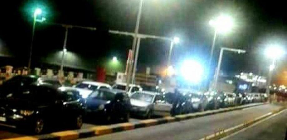 """Coronavirus, ieri sera sbarco di massa in Sicilia. L'ira di Musumeci: """"Il Governo nazionale intervenga"""""""