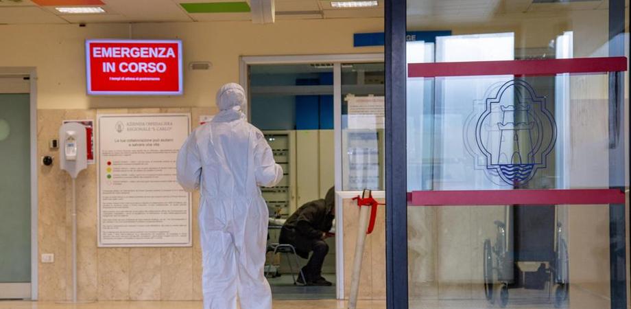 Coronavirus, il bollettino: 150 casi in Sicilia e tasso di positività al 2,2%, tornano a crescere i ricoveri