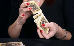 http://www.seguonews.it/catania-da-fuoco-alla-villa-dellex-marito-per-riconquistarlo-glielo-aveva-detto-la-fattucchiera