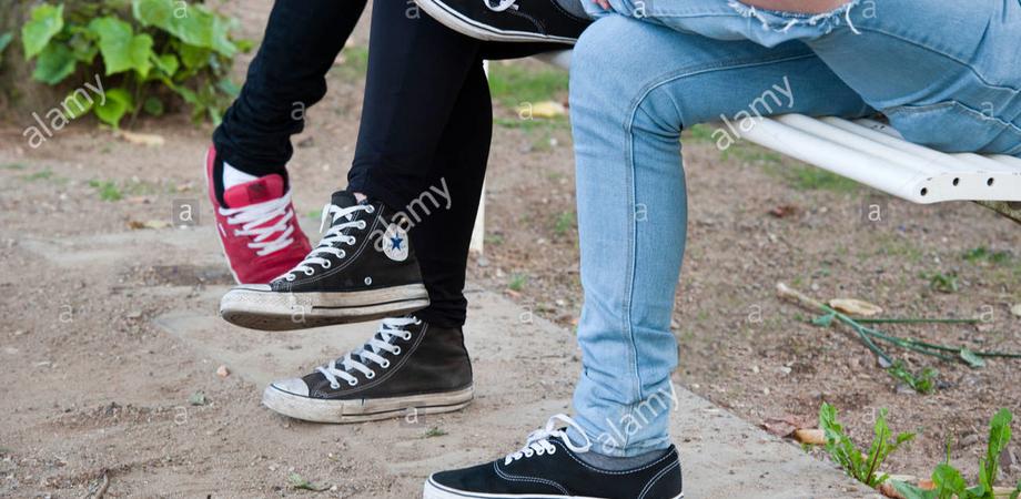 Caltanissetta, violano disposizioni su coronavirus: indagato gruppo di minori