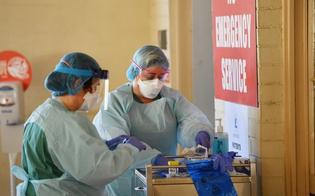 Coronavirus, in Sicilia curva dei contagi in calo: 875 nuovi casi. In Italia il tasso di positività torna a salire