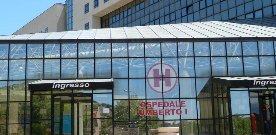 Anziano di Barrafranca affetto da Covid si suicida all'ospedale di Enna