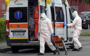 https://www.seguonews.it/coronavirus-in-sicilia-raddoppiano-i-tamponi-ma-calano-ancora-i-contagi-oggi-piu-guariti-che-morti