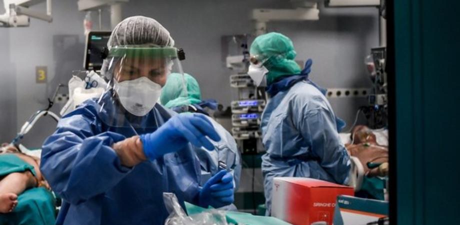 Coronavirus, bollettino del 2 agosto: cala il contagio in Italia, in Sicilia 7 nuovi positivi