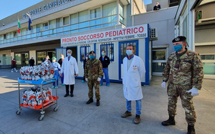 https://www.seguonews.it/uova-di-pasqua-ai-bimbi-ricoverati-nei-reparti-oncologici-di-catania-gesto-di-solidarieta-dei-militari-dellesercito-oncologici-della-citta
