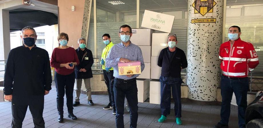 Azienda nissena dona 600 colombe pasquali: sono destinate ai bisognosi e ai pazienti del Sant'Elia di Caltanissetta