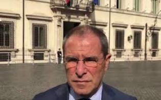 http://www.seguonews.it/no-alla-sfiducia-a-scavone-m5s-persa-occasione-per-chiedere-scusa-ai-siciliani