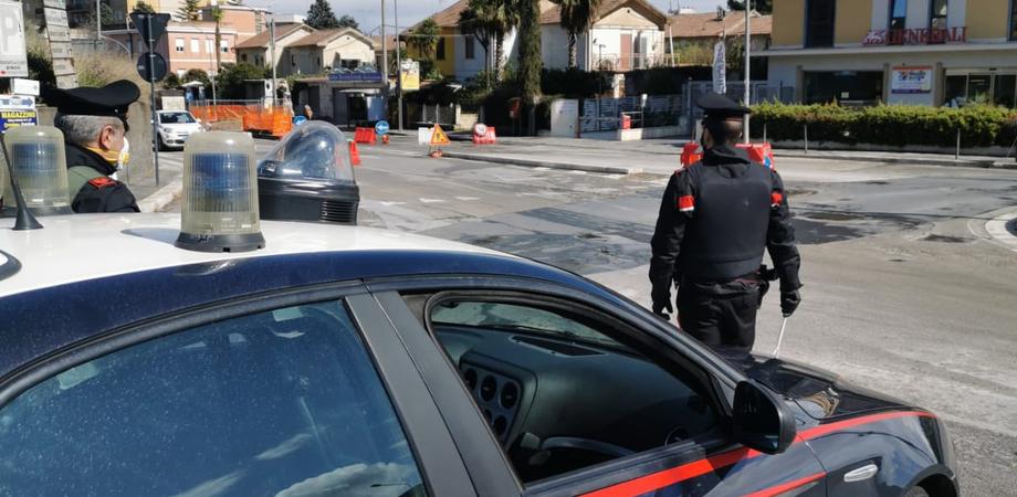 Controlli contenimento Covid-19: a Caltanissetta sanzionato il titolare di un'attività. Altri 5 denunciati