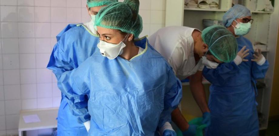 Coronavirus. In Sicilia 1.838 casi in più e 43 morti, sale il tasso di positività. In Italia 34.767 nuovi contagi e 692 decessi