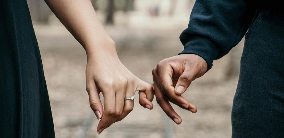 """Coronavirus, fase 2: ammesse visite ai congiunti, fidanzati e """"affetti stabili"""""""