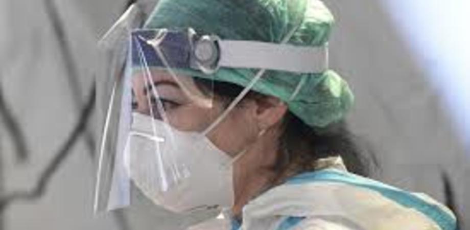 Coronavirus, bollettino 16 luglio: crescono ancora i contagi in Italia. Superati i 35 mila morti