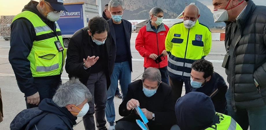 Coronavirus: dalla Regione 2 milioni di mascherine per case di riposo, medici di famiglia e commercianti