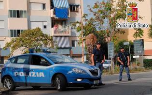 http://www.seguonews.it/gela-appoggiato-a-una-ringhiera-getta-la-droga-alla-vista-della-polizia-25enne-arrestato-