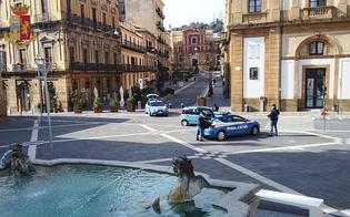 http://www.seguonews.it/caltanissetta-non-si-ferma-allalt-polizia-poi-continua-la-fuga-a-piedi-23enne-rintracciato-e-denunciato