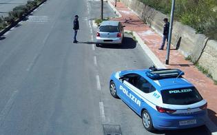 http://www.seguonews.it/a-caltanissetta-sette-persone-diverse-fuggono-allalt-polizia-due-stavano-cercando-la-connessione-wi-fi