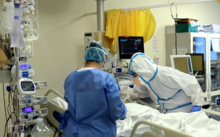 http://www.seguonews.it/coronavirus-stabile-la-curva-in-sicilia-107-nuovi-casi-e-due-morti-in-italia-impennata-di-contagi-1912-in-piu-