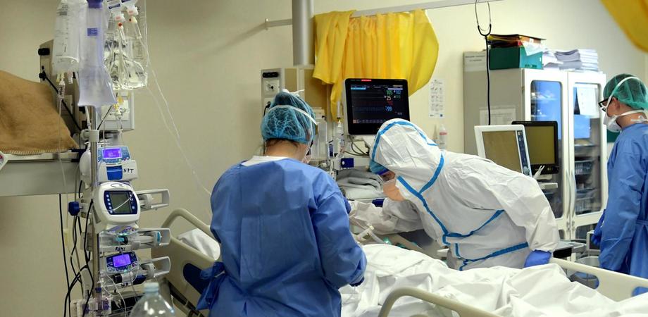 Caltanissetta, seconda paziente donna trasferita oggi in terapia intensiva Covid-19