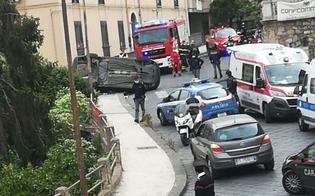 http://www.seguonews.it/caltanissetta-auto-si-ribalta-in-via-messina-il-conducente-esce-illeso