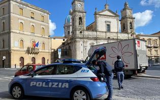 http://www.seguonews.it/misure-anti-contagio-a-caltanissetta-controllate-229-persone-e-30-esercizi-commerciali