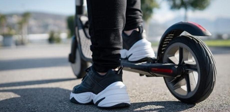 """""""Bonus mobilità"""" per l'acquisto di bici e monopattini: come funziona e come ottenerlo"""