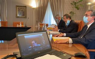 http://www.seguonews.it/musumeci-incontra-le-parti-sociali-per-varare-un-piano-di-ricostruzione-economica-proposte-da-inviare-entro-il-12-maggio