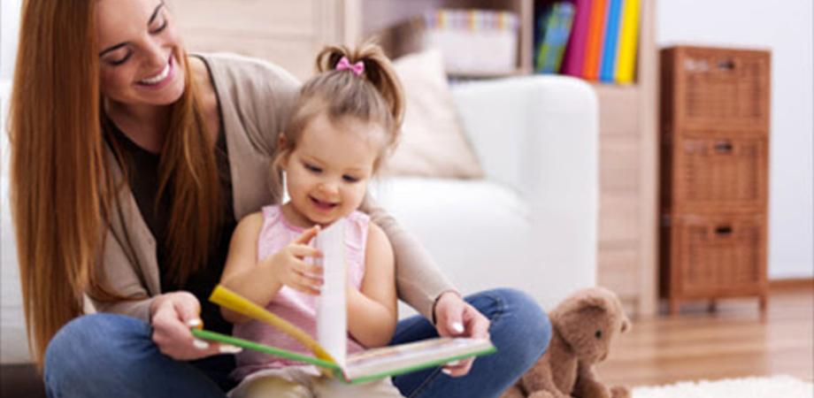 Bonus baby sitter da 1.200 euro, al via le domande da oggi: i requisiti per averlo