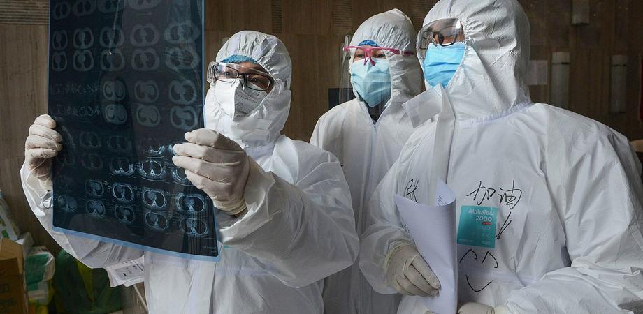 Coronavirus, dopo l'infezione polmoni a rischio per 6 mesi. Il 30% avrà problemi cronici
