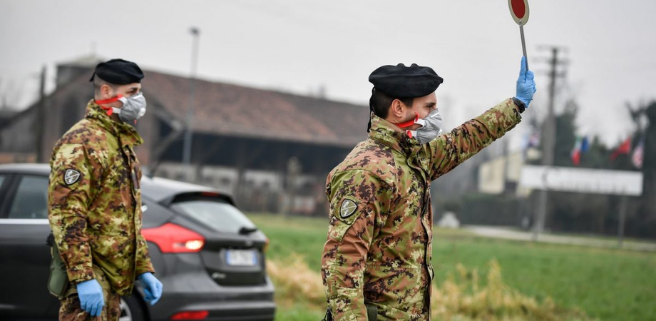 Caltanissetta, militari dell'esercito nelle zone più colpite dalla pandemia