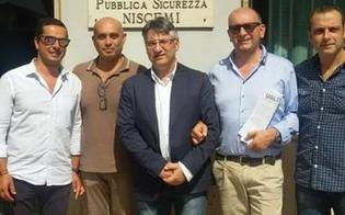 http://www.seguonews.it/niscemi-mascherine-riutilizzabili-donate-a-poliziotti-e-operatori-sanitari-le-realizzano-le-sarte-dellaquilone