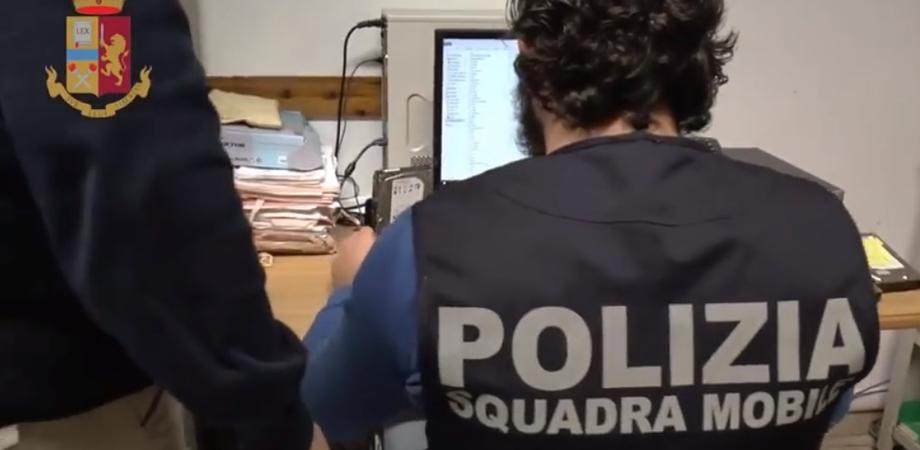 Caltanissetta. Violenza sessuale, pedopornografia e adescamento di minori: arrestato un 53enne
