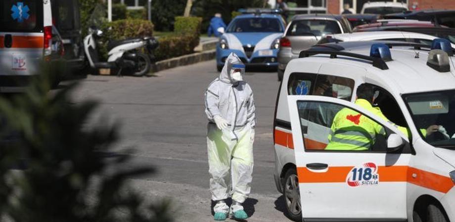 Bimbo di 2 anni ricoverato a Palermo dopo aver ingerito dell'hashish: è stato soccorso dai genitori