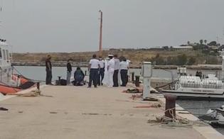 http://www.seguonews.it/peschereccio-di-terrasini-scomparso-trovato-un-cadavere-al-largo-di-ustica-e-uno-dei-due-giovani-a-bordo