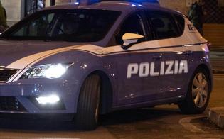 https://www.seguonews.it/caltanissetta-le-rubano-lo-zainetto-mentre-e-seduta-al-bar-con-le-amiche-interviene-la-polizia