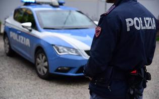 Caltanissetta, 350 grammi di marijuana nascoste in auto: denunciato dalla Polizia